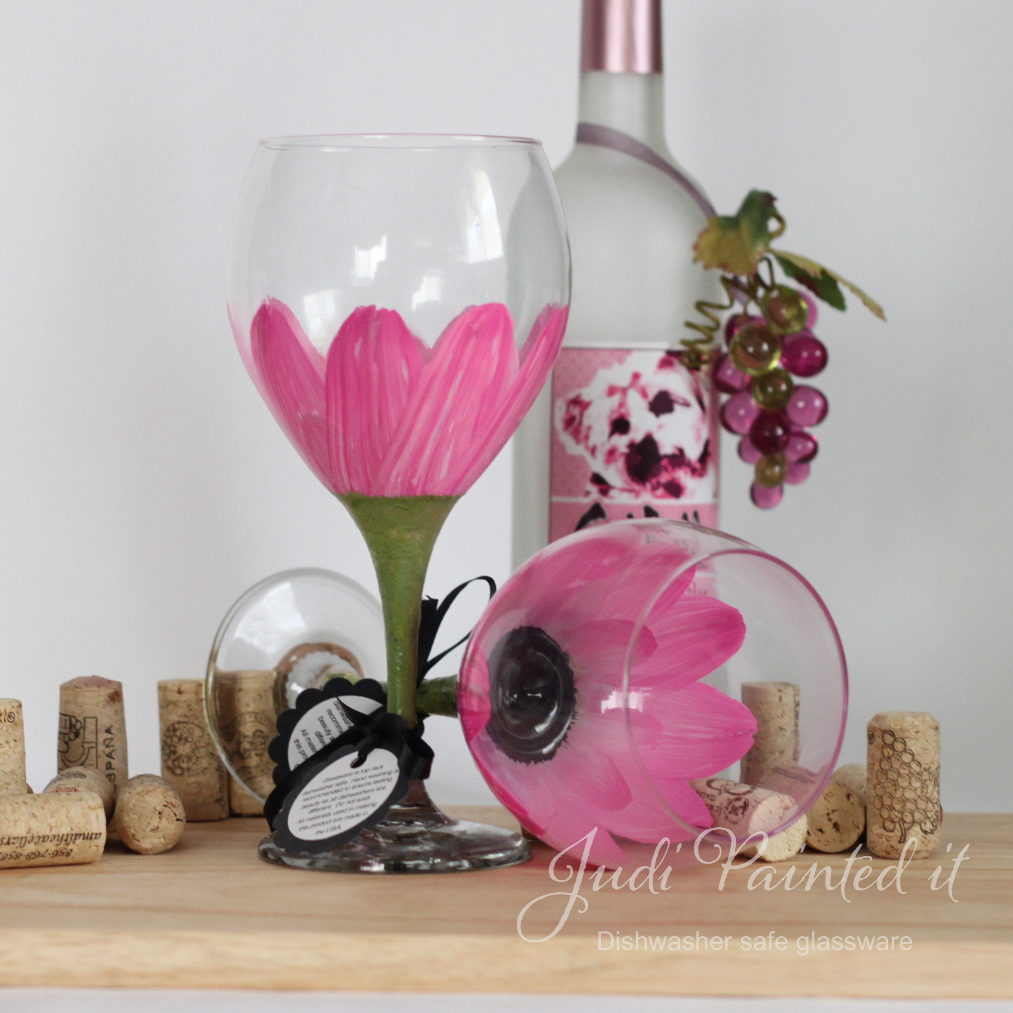 Daisy Flower Painted Wine Glass In Parisian Pink That Is